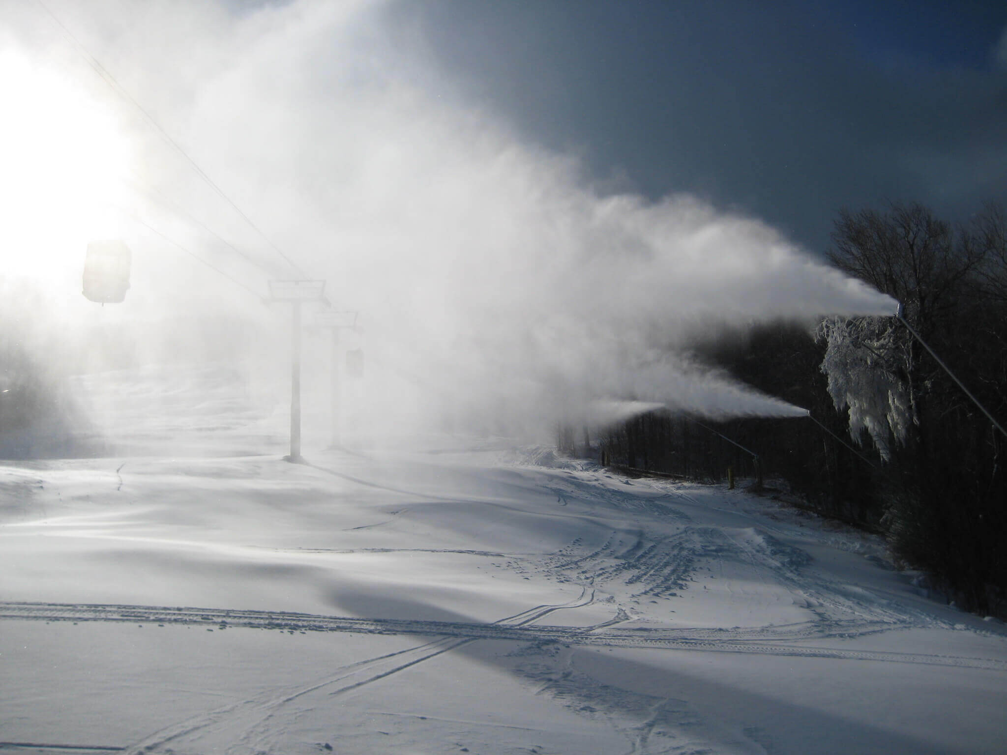 Ice usage in snowmaking